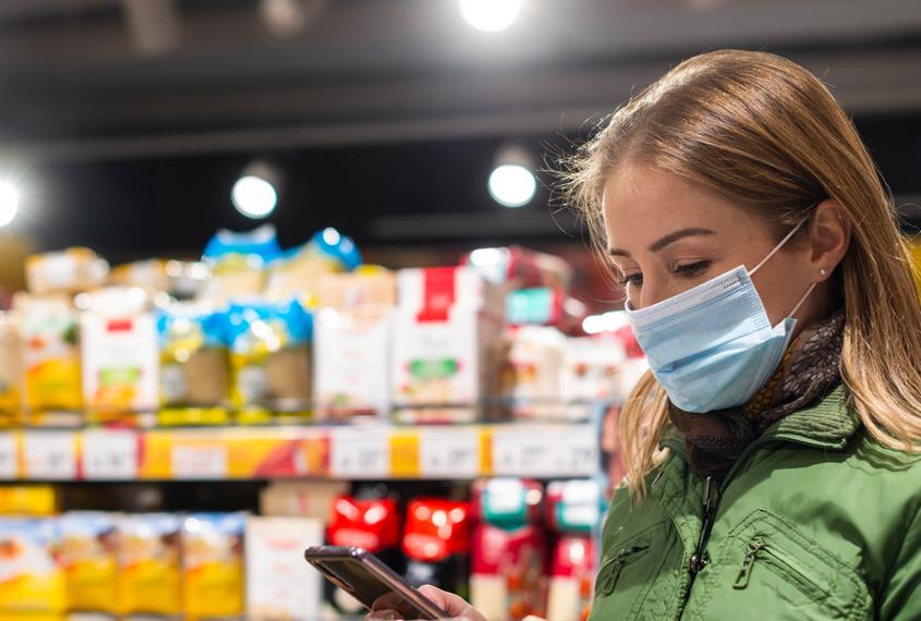 Andorra es mobilitza per confeccionar mascaretes